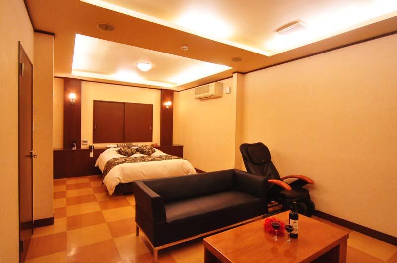 Room125