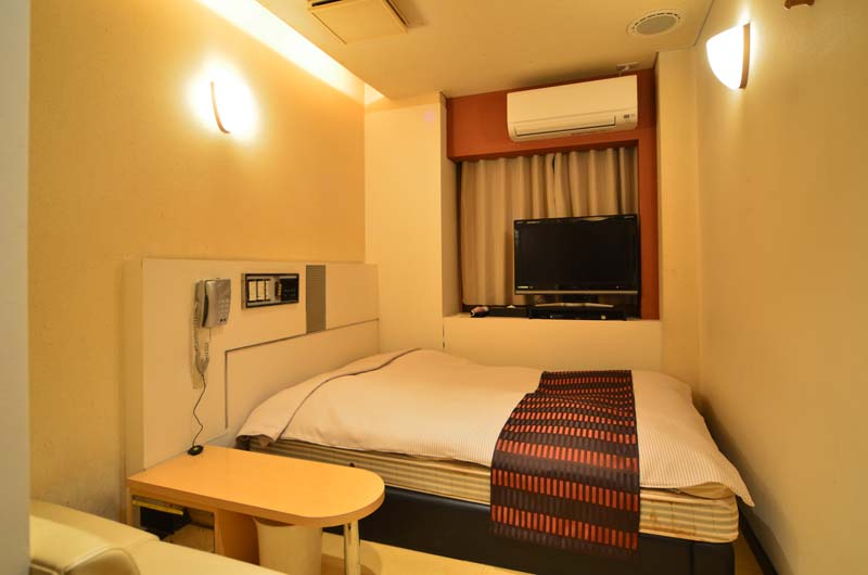 Room302