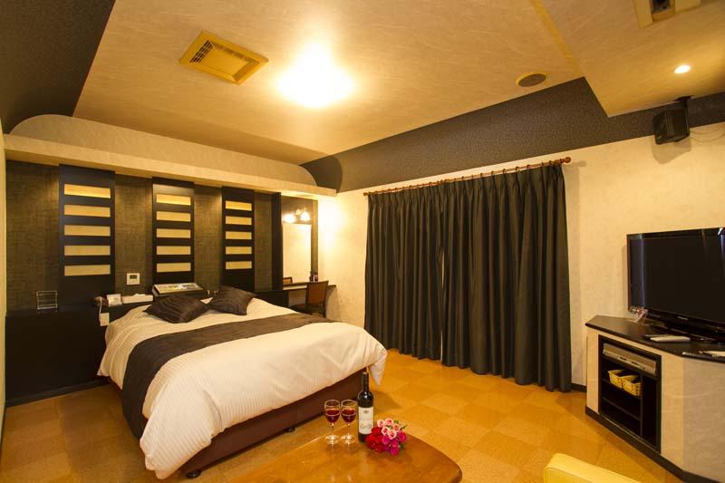 Room105