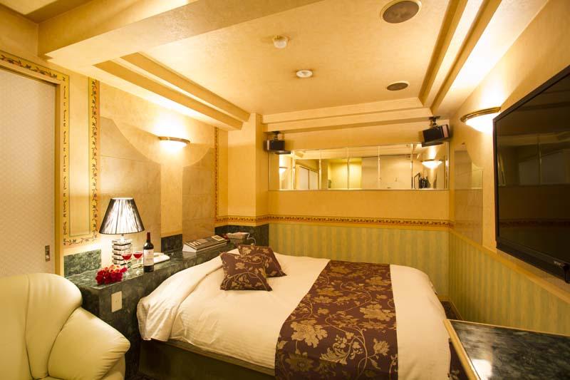 Room504